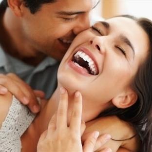 Kadın önce paylaşmak ve yakınlık ister!