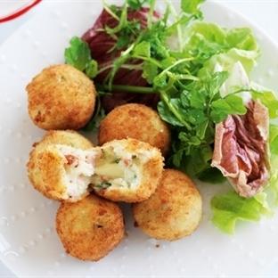 Kaşarlı Çıtır Patates Köftesi Tarifi