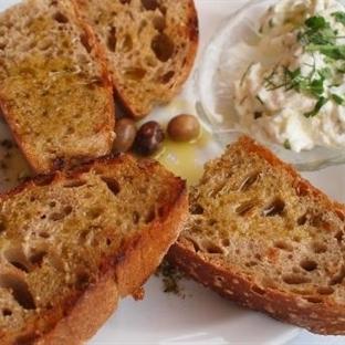 Kıtır Ekmekler, Zeytinyağı ve Caciki