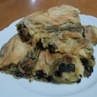 Kremalı Ispanak İçli Börek