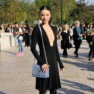 Louis Vuitton'ın Epi çantası Ünlülerin Favorisi