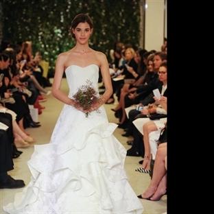 Romantik düğünlerin Şık ve Kadınsı gelinlikleri