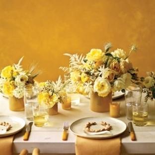Sarı Renk Masa Süslemeleri