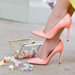 Topuklu Ayakkabı Acısını Azaltmanın Yolları!