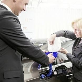 Audi Bitkilerden İlk Sentetik Benzini Üretti