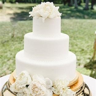 Bembeyaz pastalar