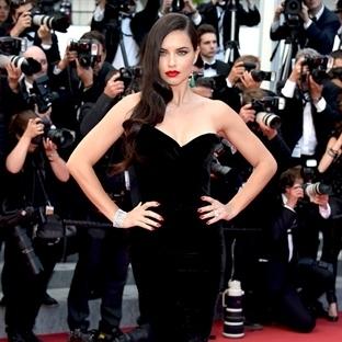Cannes 2015 gösterişli Gala ile sona erdi