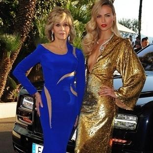 Cannes'da Ünlüler ve Kırmızı Halı Elbiseleri