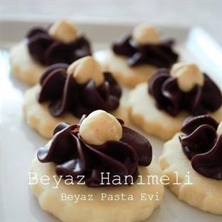 Çikolata kremalı şık kurabiye