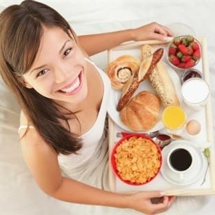 Kahvaltı Etmeyen Kişiler Obez Oluyor!
