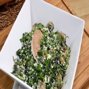Lor peynirli Diyet ot salatası