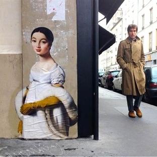 Müzeden Sokaklara Taşınan Klasik Resimler