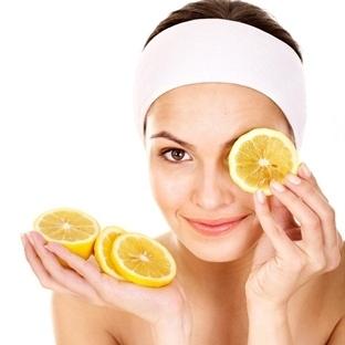 Sivilce Ve Sivilce İzlerine Limon Suyu Maskesi