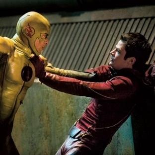 "The Flash 1×23 ""Fast Enough"" –Bölüm İncelemesi"