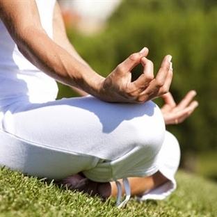Uykusuzluğu yogayla yenin
