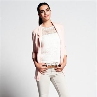 Yazın Günlük Giyimi : Dar Pantolon Modası