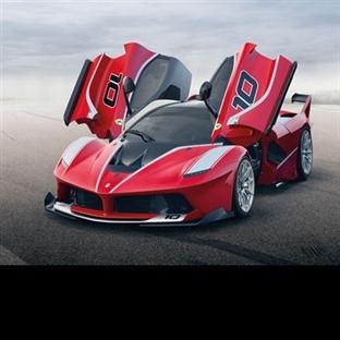 1.035 Beygirlik Ferrari FXX K Piste Çıktı!