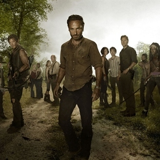 10 ADIMDA BİR TV EFSANESİ: THE WALKING DEAD