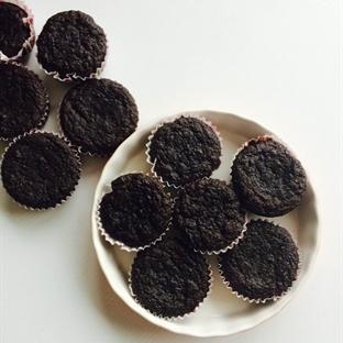 Bademli Kabaklı Çikolatalı Muffinler