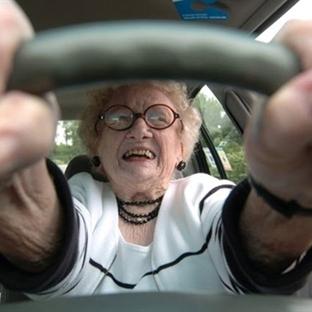 Bayan Sürücüler Hakkında Öz Eleştiri