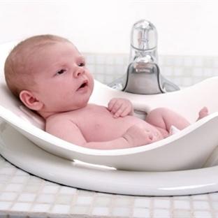 Bebek yıkamanın incelikleri