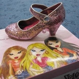 Çocuklarda Topuklu Ayakkabı Modası