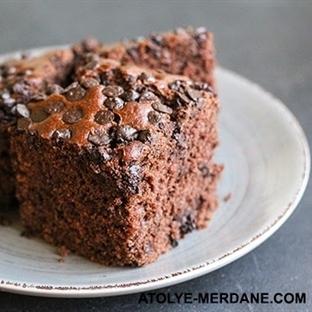 Ekşi Mayalı Çikolatalı Kek