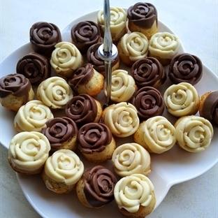 Gül Kek Tarifi ( Çikolatalı)