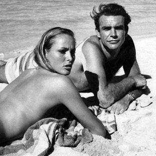 James Bond Serisinden Görülmemiş 40 Fotoğraf