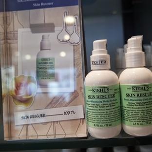 Kiehl's Skin Rescuer Stress-Minimizing Daily Hydra