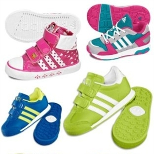 Kız Çocukları İçin Adidas Ayakkabı Modelleri