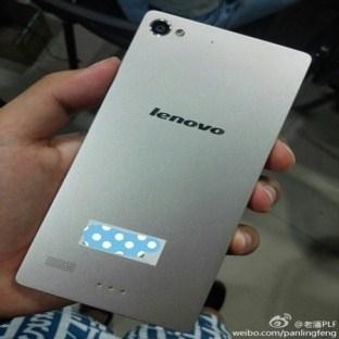 Lenovo'dan İki Yeni Akıllı Telefon Modeli Geliyor