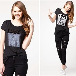 Modanın Yenilikçi Hali: Renk Değiştiren Tişörtler
