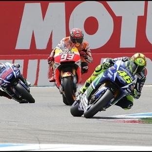 MotoGP: Assen'de Zaferin Adı Rossi !!