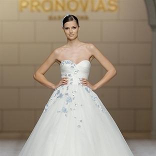 Pronovias 2015 Gelinlik Modelleri
