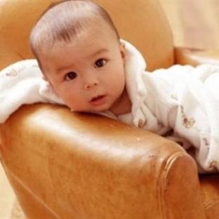 Aylık Bebek Gelişimi – 11 Aylık Bebek