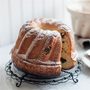Bademli Üzümlü Tatlı Ekmek Tarifi