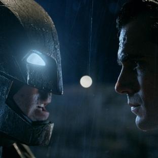 Batman v Superman'den Yeni Fragman!