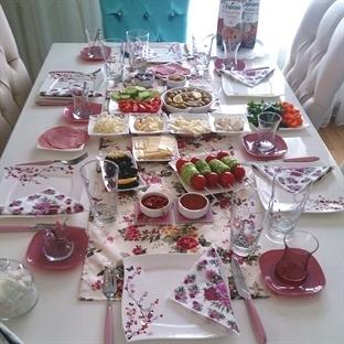 Bir Bahar Kahvaltısı