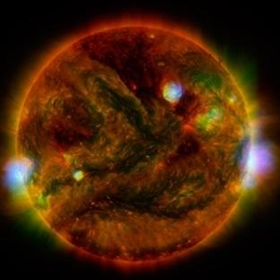Bu görüntüyü Güneş'ten 3 teleskopla aldılar