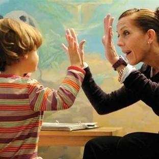 Gölge Öğretmen: Otistik Çocukların Yeni Dostu