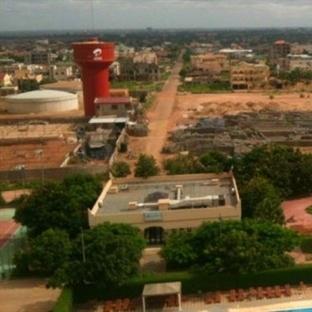 Güzel İnsanların Olduğu Yer, Ouagadougou