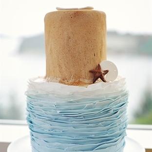 Kumsal Temalı Düğün Pastaları