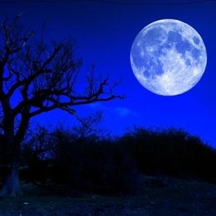 Mavi Ay Gerçekten Mavi mi?