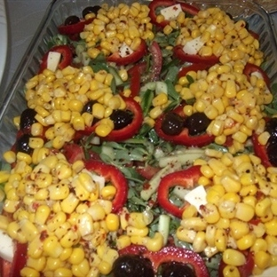 mısırlı zeytinli semiz otu salatası