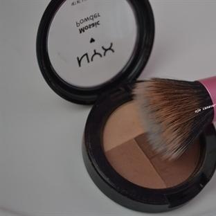 NYX Mosaic Powder-02 Latte