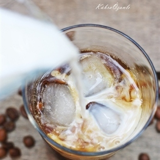 Sütlü Soğuk Kahve...