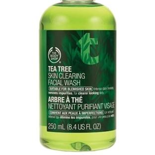 The Body Shop Çay Ağacı Özlü Yüz Temizleme Jeli