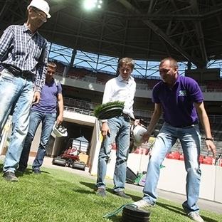 Vodafone Arena'ya Hibrit Çim
