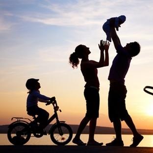 Anne-Baba Olmak: Dünya'nın En Anlamlı Kimliği